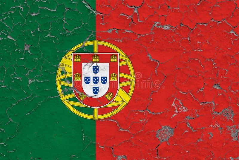 A bandeira de Portugal pintou em parede suja rachada Teste padr?o nacional na superf?cie do estilo do vintage ilustração royalty free