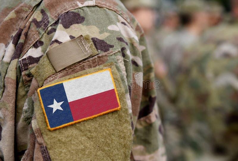 Bandeira do Estado do Texas sobre uniforme militar Estados Unidos EUA Colagem imagem de stock royalty free