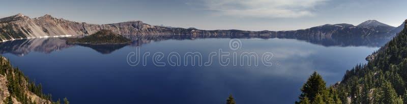 Bandeira do lago crater fotos de stock