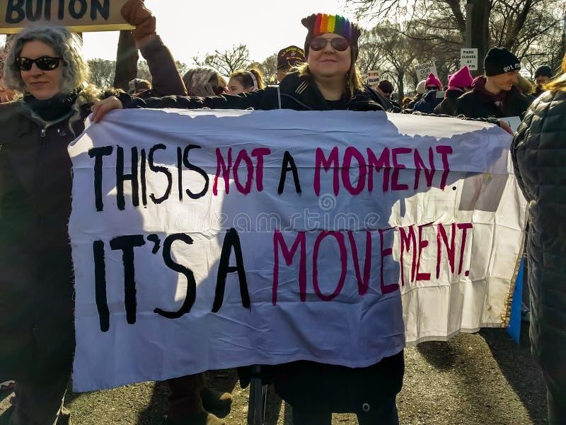 Bandeira do movimento no março Chicago de 2018 mulheres imagem de stock