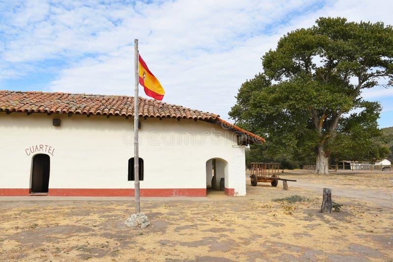 Bandeira espanhola e Cuartel no La Purisima foto de stock