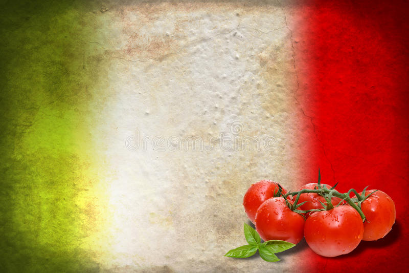 Bandeira italiana com tomates fotos de stock