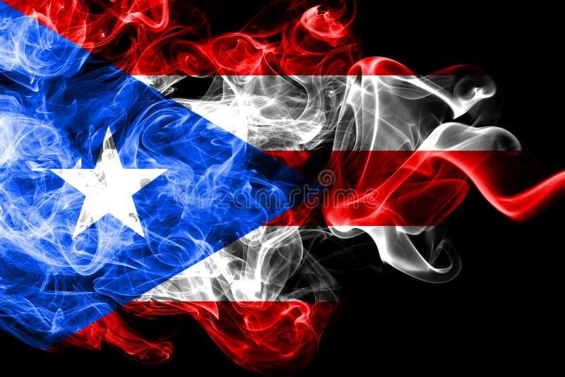 A bandeira nacional de Porto Rico fez do fumo colorido isolado no fundo preto Fundo de seda abstrato da onda ilustração do vetor
