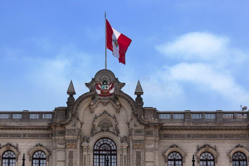 Bandeira no telhado fotografia de stock royalty free