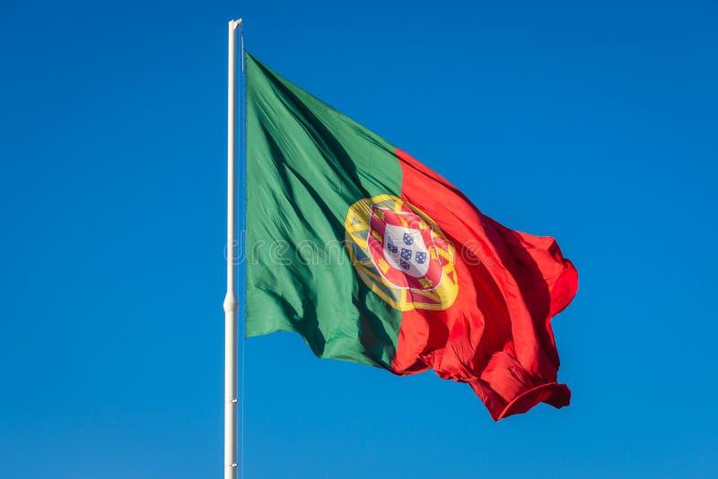 Bandeira portuguesa em Lisboa imagens de stock