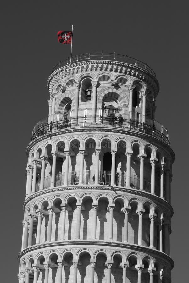 Bandeira vermelha em Pisa fotografia de stock royalty free