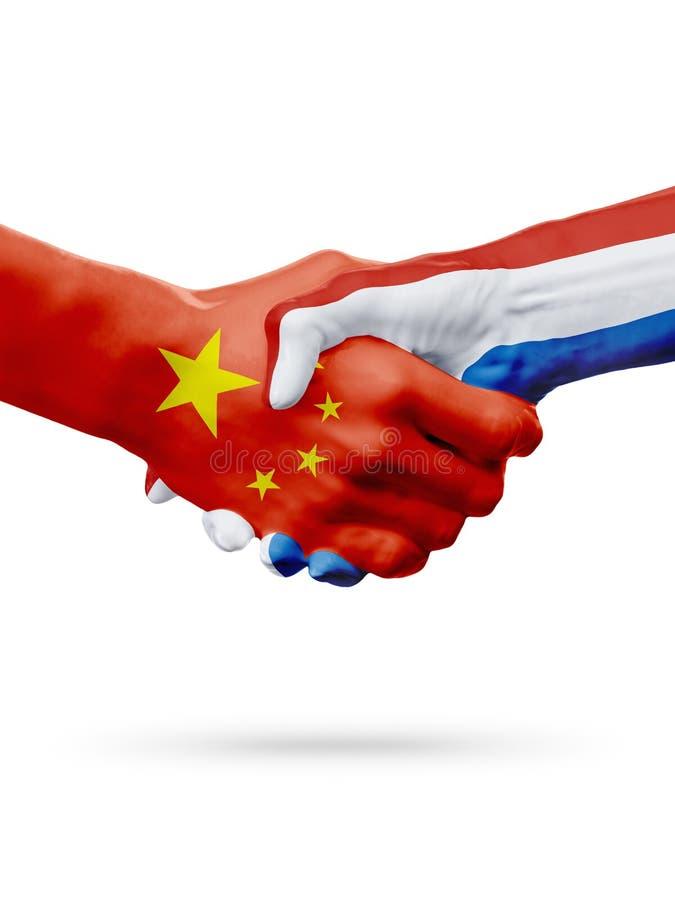 Bandeiras China, países holandeses, conceito do aperto de mão da amizade da parceria ilustração do vetor
