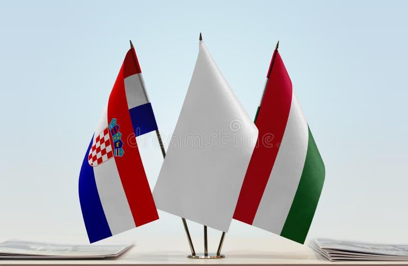 Bandeiras da Croácia e da Hungria imagem de stock royalty free