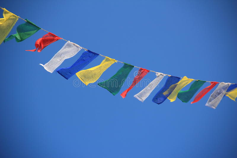Bandeiras da oração em Nepal. fotografia de stock royalty free