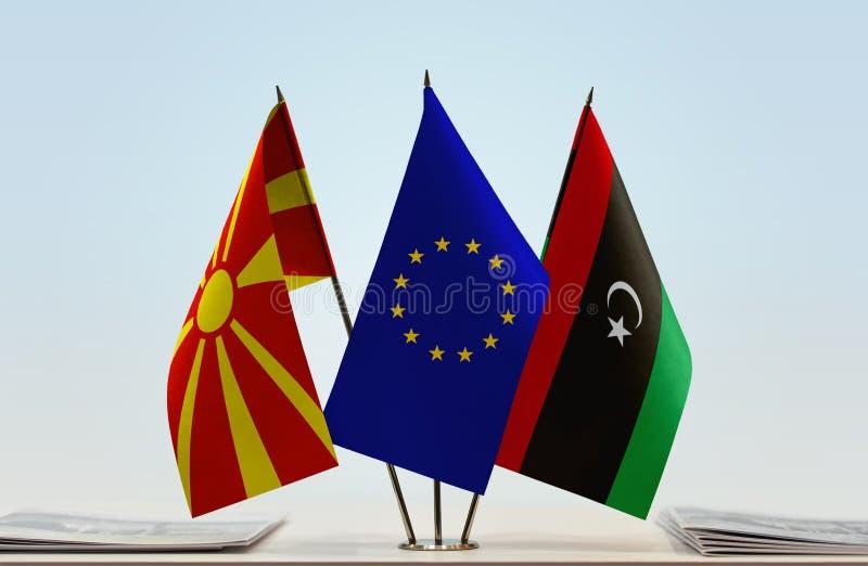 Bandeiras da UE de Macedônia e da Líbia imagens de stock