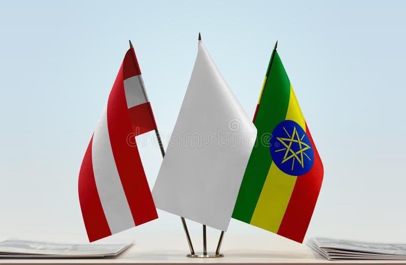Bandeiras de Áustria e de Etiópia imagem de stock