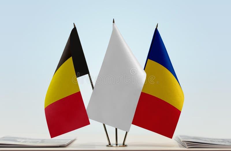 Bandeiras de Bélgica e de Romênia fotografia de stock royalty free