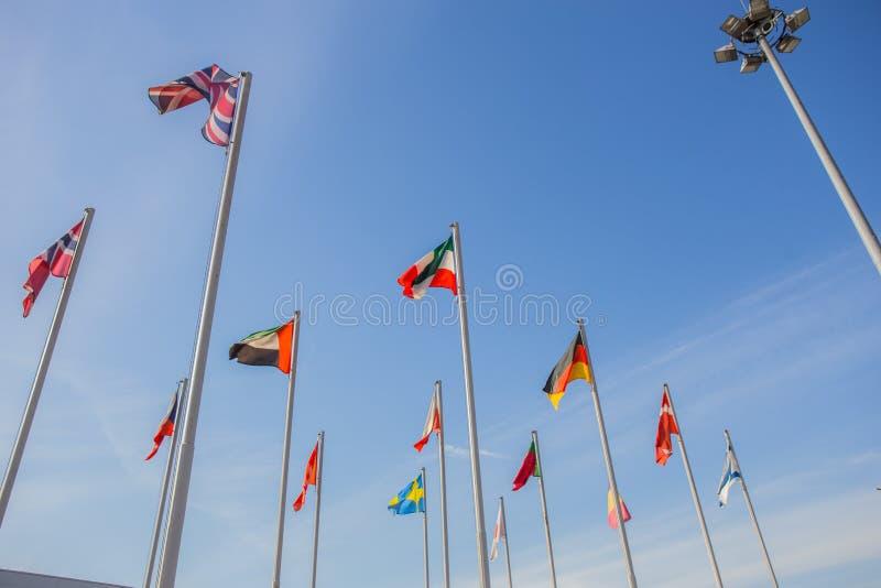 Bandeiras de diferentes países fotos de stock royalty free