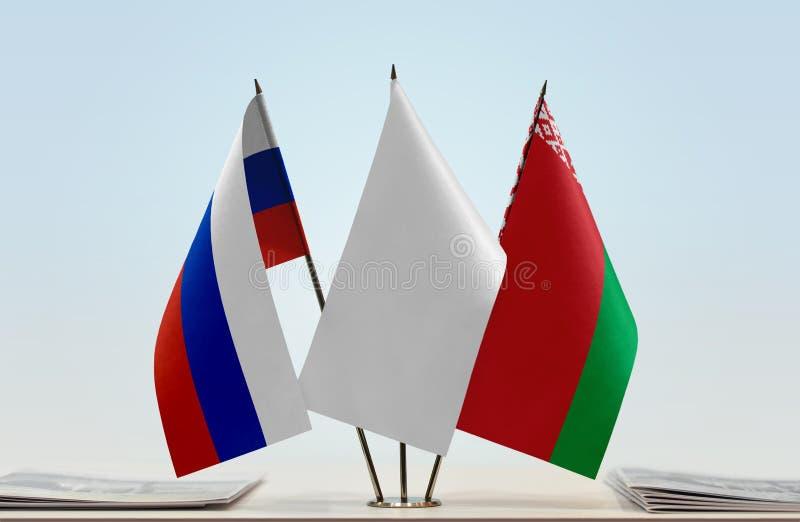 Bandeiras de Rússia e de Bielorrússia imagem de stock royalty free