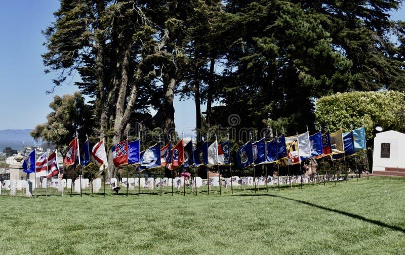 Bandeiras dos estados americanos e dos territórios individuais, cemitério nacional Memorial Day 2018 de Presidio, 1 fotos de stock royalty free