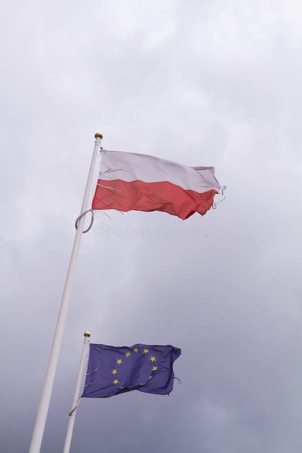 Bandeiras e um mastro fotos de stock royalty free