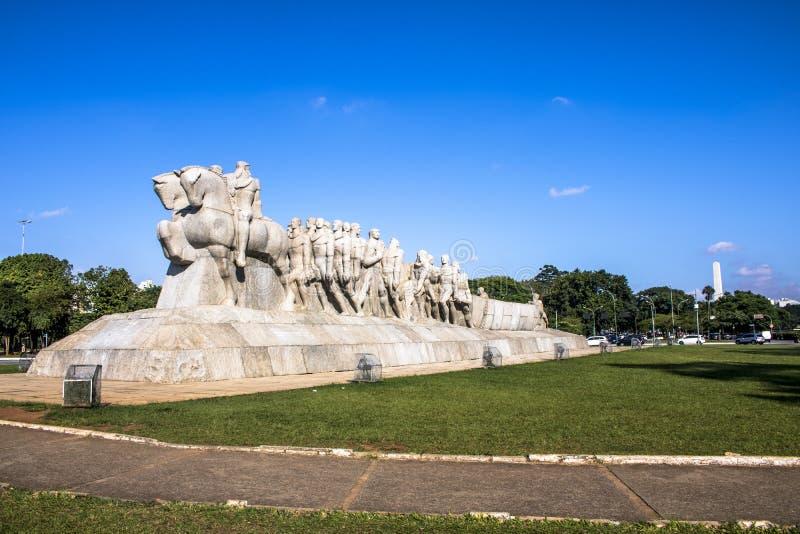 Bandeiras monument arkivbild