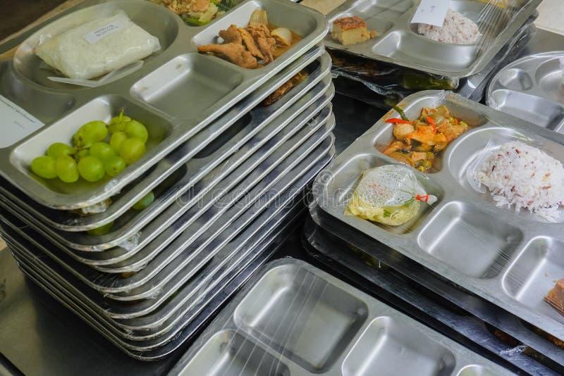 bandeja de la comida para el paciente fotografía de archivo