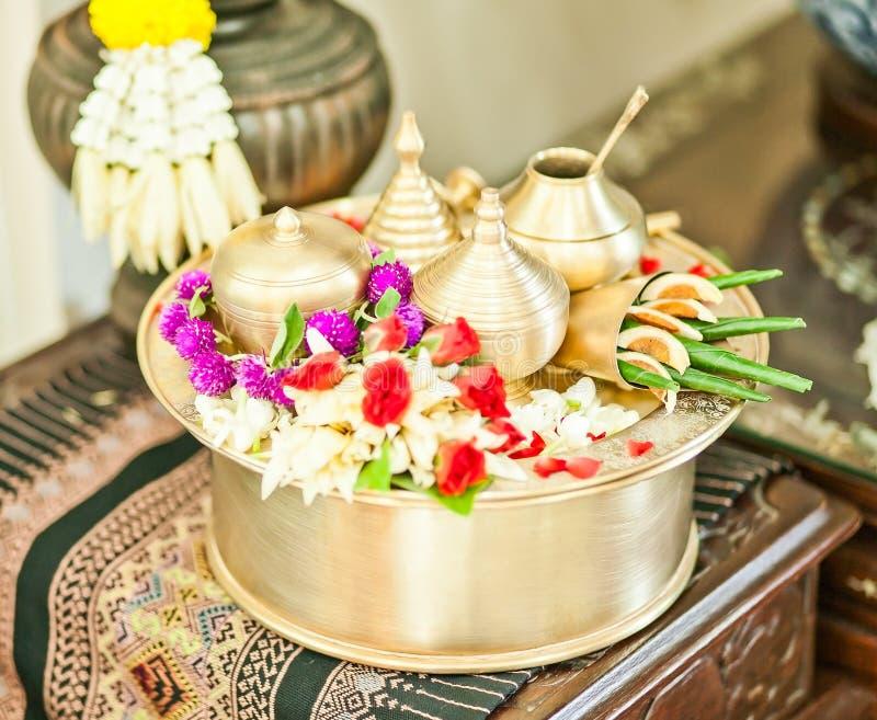 Bandeja tradicional de la hospitalidad de nuez de betel imágenes de archivo libres de regalías