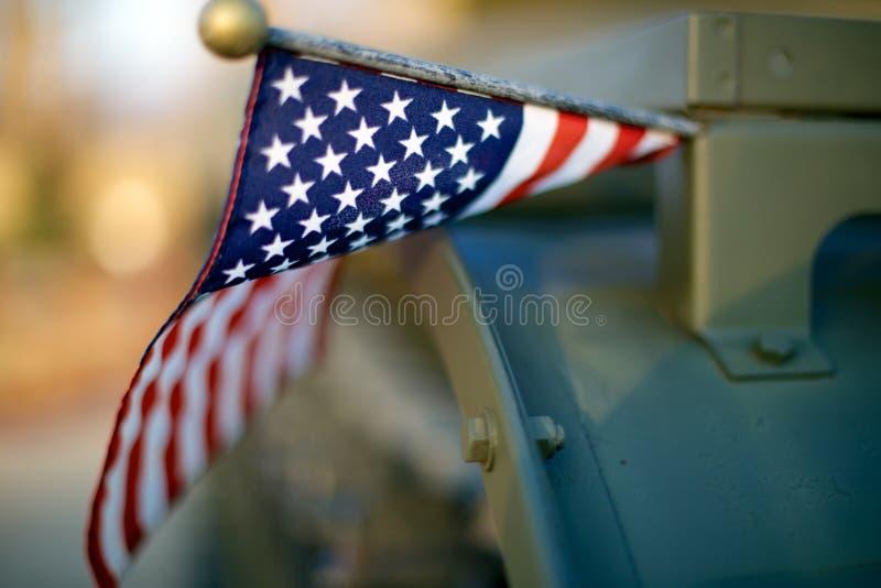 Bandera americana en el tanque foto de archivo
