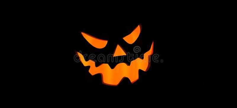 Bandera asustadiza para Halloween con la silueta de calabazas stock de ilustración