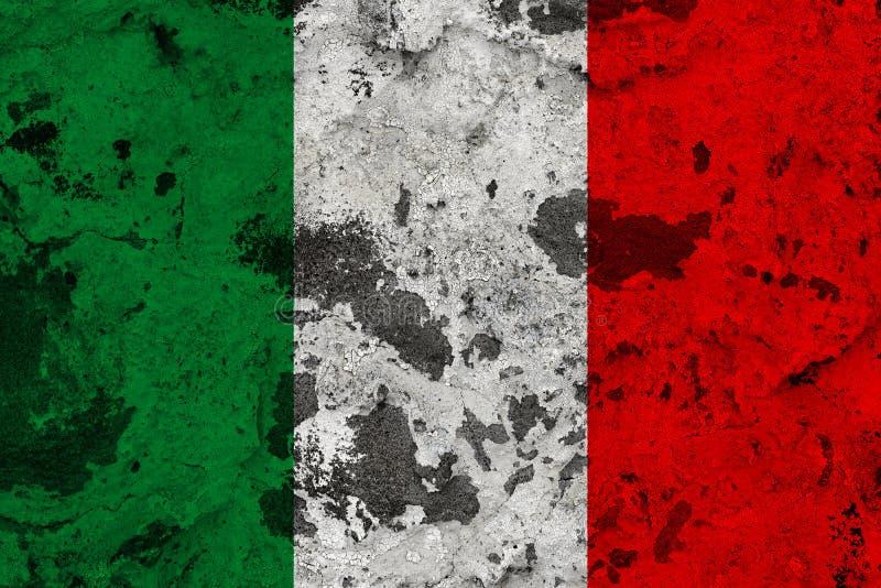 Bandera de Italia en la pared vieja stock de ilustración