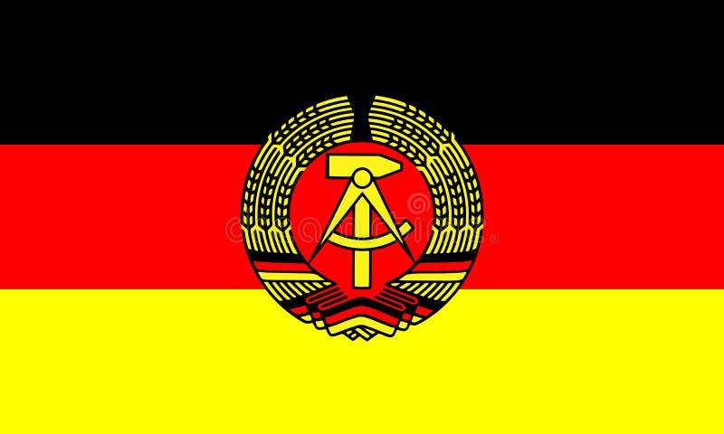 Bandera de la Alemania Oriental en colores oficiales y con la relación de aspecto de 3:5 stock de ilustración