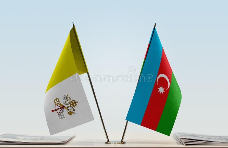 Bandera de la Ciudad del Vaticano y de Azerbaijan fotos de archivo