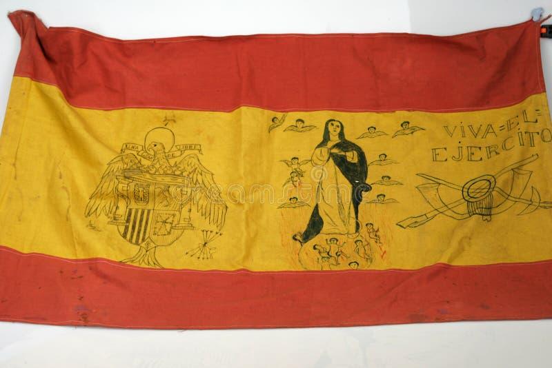 Bandera del ejército de Francoist con los dibujos Guerra civil española foto de archivo libre de regalías