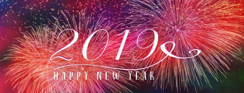 Bandera 2019 del fondo del día de fiesta del Año Nuevo con los fuegos artificiales y cita estacional fotografía de archivo