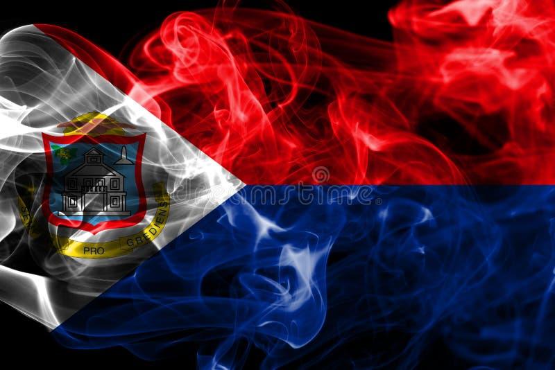 Bandera del humo de Sint Maarten, bandera dependiente holandesa del territorio imágenes de archivo libres de regalías