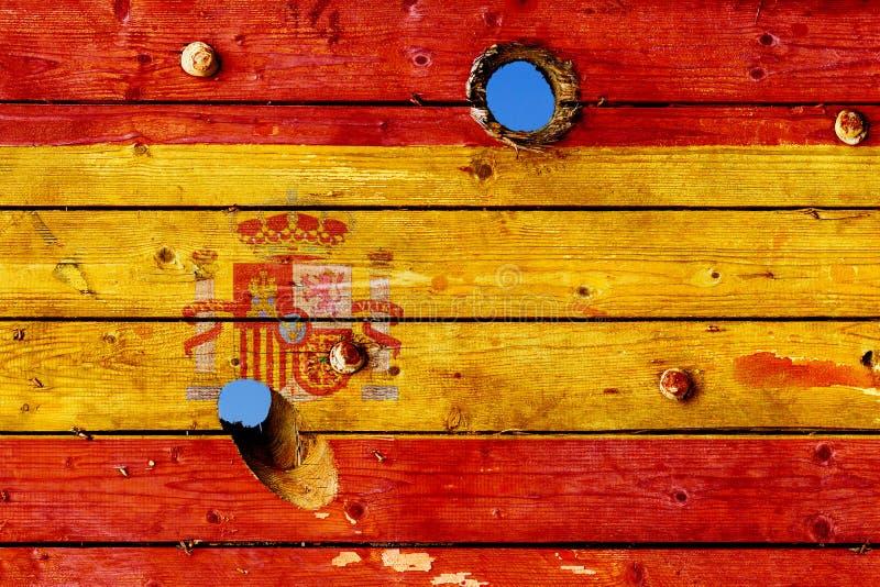 Bandera española pintada en viejos tableros resistidos imágenes de archivo libres de regalías