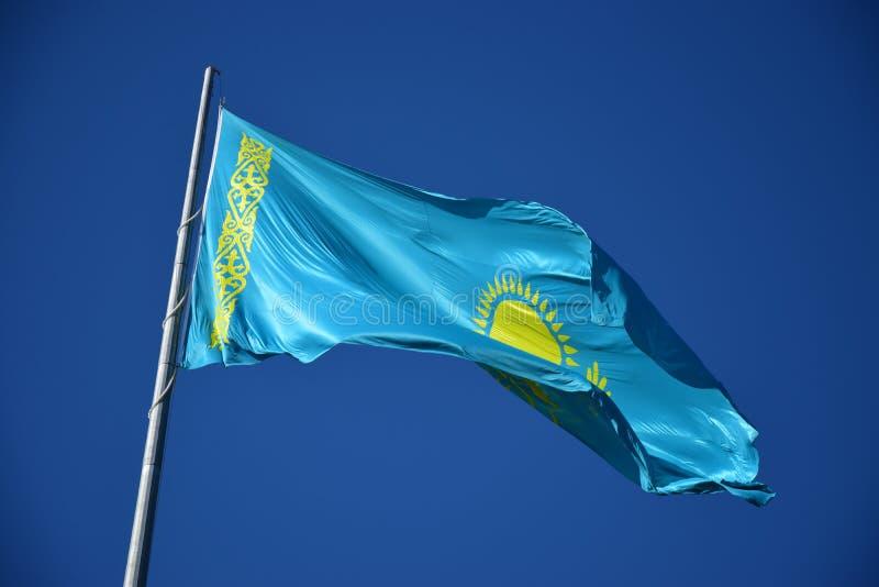Bandera nacional de Kazajistán fotos de archivo