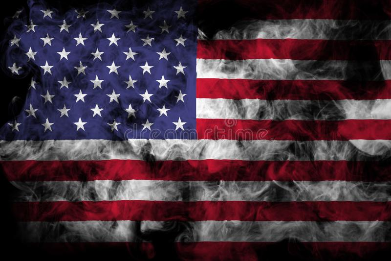 Bandera nacional de los E.E.U.U. del humo coloreado grueso imagenes de archivo