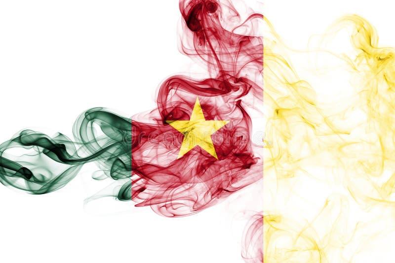 Bandera nacional del humo del Camerún foto de archivo libre de regalías