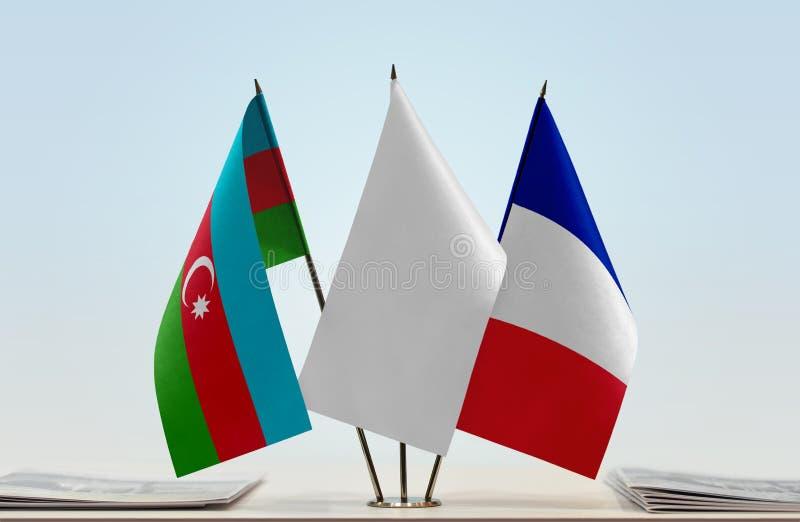 Banderas de Azerbaijan y de Francia fotos de archivo libres de regalías