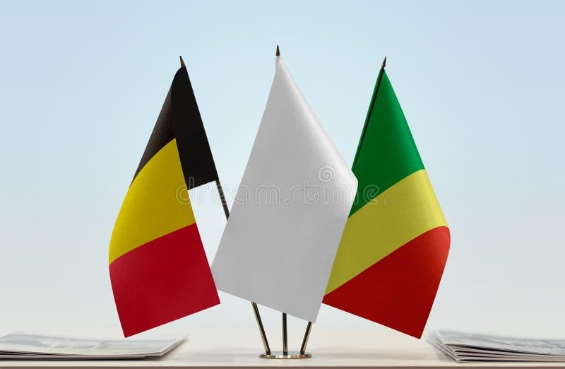 Banderas de Bélgica y del República del Congo imagenes de archivo