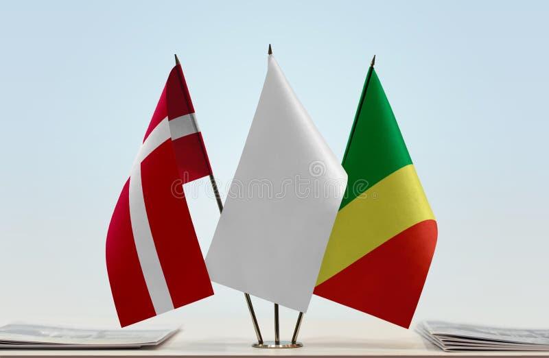 Banderas de Dinamarca y del República del Congo fotografía de archivo libre de regalías