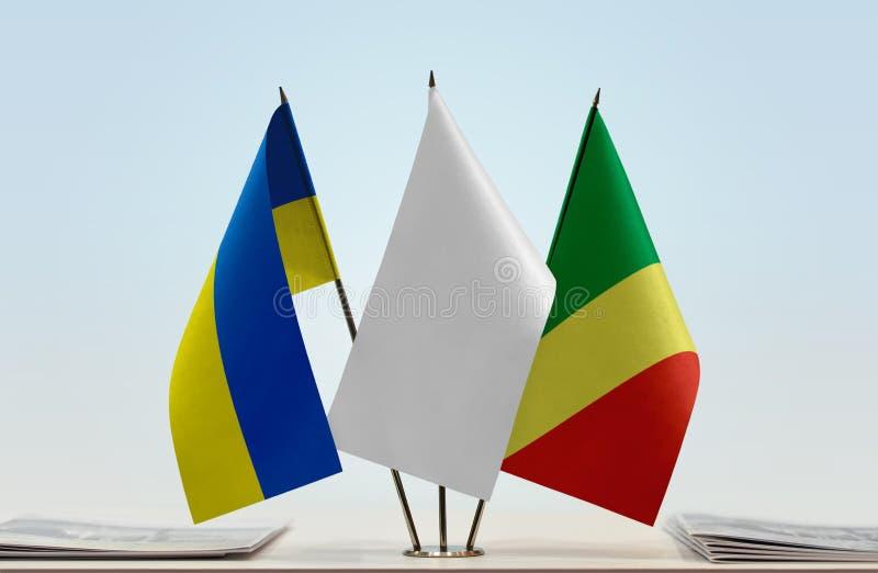 Banderas de Ucrania y del República del Congo fotografía de archivo libre de regalías