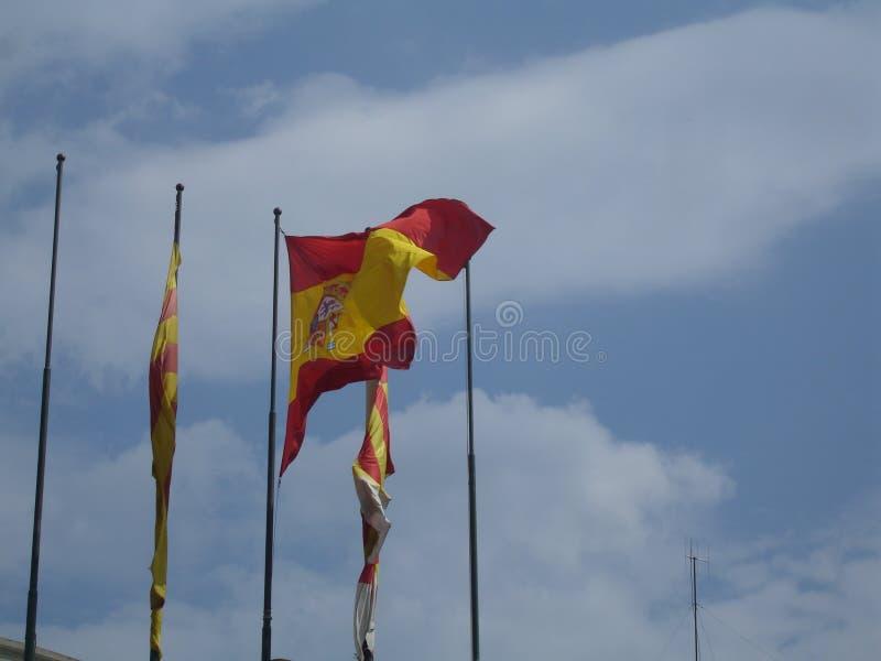 Banderas españolas - vista delantera - España fotografía de archivo