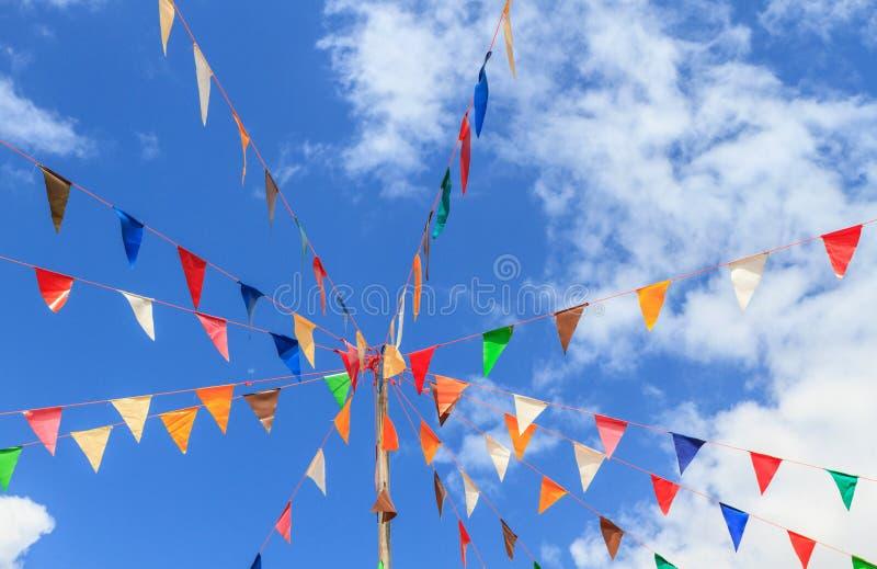 Banderki z niebieskim niebem zdjęcie stock