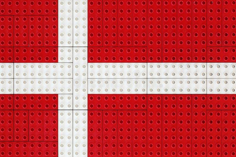 Bandiera danese fatta con i piccoli mattoni royalty illustrazione gratis