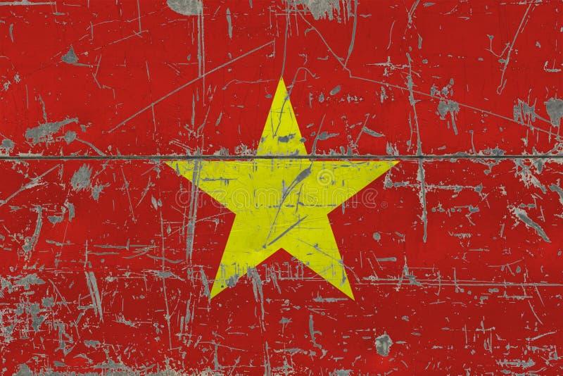 Bandiera del Vietnam di lerciume su vecchia superficie di legno graffiata Fondo d'annata nazionale fotografia stock