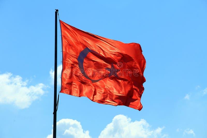 Bandiera della Turchia sull'asta della bandiera immagini stock libere da diritti