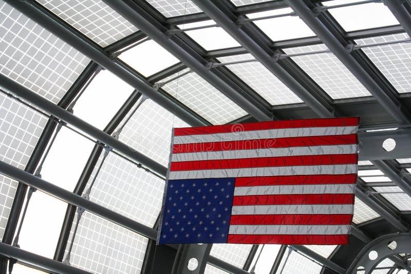 Bandiera di U.S.A. a O& x27; Terminale di aeroporto della lepre, Chicago fotografia stock libera da diritti