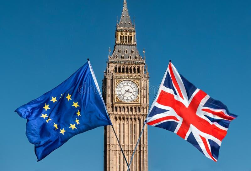 Bandiera di Unione Europea davanti a Big Ben, Brexit UE fotografie stock libere da diritti