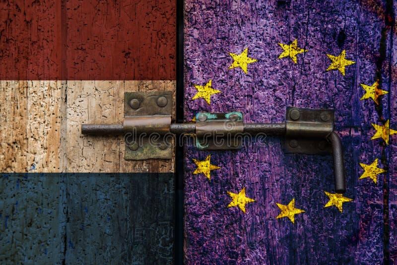 Bandiera olandese UE dell'uscita olandese di Nexit immagini stock libere da diritti