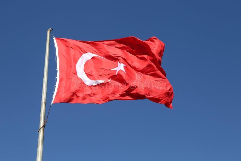 Bandiera rossa e bianca del turco fotografia stock