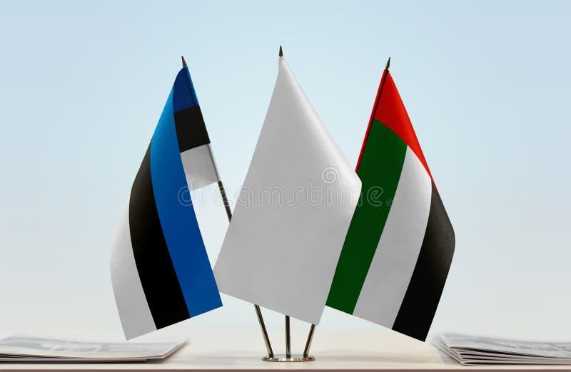 Bandiere dell'Estonia e dei UAE fotografie stock libere da diritti