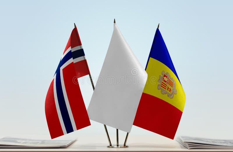Bandiere della Norvegia e dell'Andorra fotografie stock